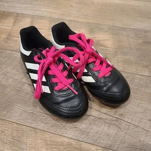 10 1/2 Kids Adidas Soccer Cleats